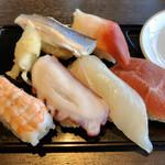 123847997 - 寿司(あと玉子がメニューにあります)