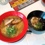 小豆島ラーメンHISHIO - 料理写真:醤そば&島めし