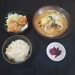 鶏白湯ラーメン 絶好鳥 - 料理写真: