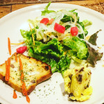 MUNYA - ランチサラダ&プチ前菜
