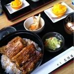 三河屋 - うな重 松 ¥2990