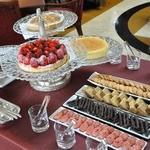 オッツィオ - 2012年2月のデザートブッフェテーブルの様子