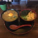 Udommura - ミニカレー丼とうどんのセット ¥900