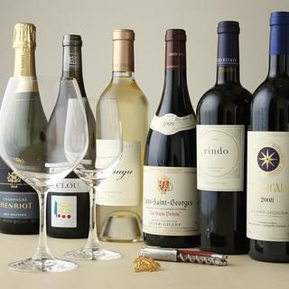 中国料理と合うソムリエ厳選ワイン、紹興酒のペアリングを楽しむ
