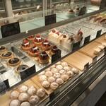 パティスリー ラキネス - 料理写真:ケーキたちのショウケース(2020.1.20)