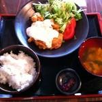 芝浦食肉 - チキン南蛮定食