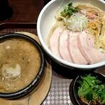 123884681 - 鶏ドロつけ麺