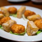 サウスラボ 南方 - 2020.1 鶏子戈渣(鶏白子のペースト揚げ、陳皮入りイカのすり身揚げ)