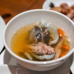 サウスラボ 南方 - 2020.1 杞子烏鶏純水魚(スッポンと烏骨鶏のスープ クコの実)