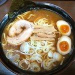 隅田 - 醤油らーめん大盛り 味卵
