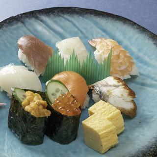 新鮮なネタと新潟産コシヒカリの美味しいシャリをご堪能あれ!