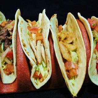 お食事からデザートまで、リーズナブルに楽しめるメキシコ料理♪