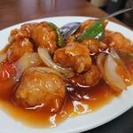 華萬 - 料理写真:酢豚