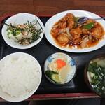 華萬 - 酢豚定食(小ライス・800円)