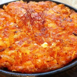 人気の韓国料理が全品298円均一と、とにかくリーズナブル!