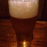 火の車 - 最初に「ビール」を。ビールも 5000円のコースに入っています。
