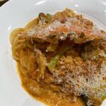 ペルグラーノ - 料理写真:渡り蟹のトマトクリームパスタ880円(税別)