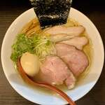 麺処 夏海 - 料理写真:豊穣清湯特製塩ラーメン