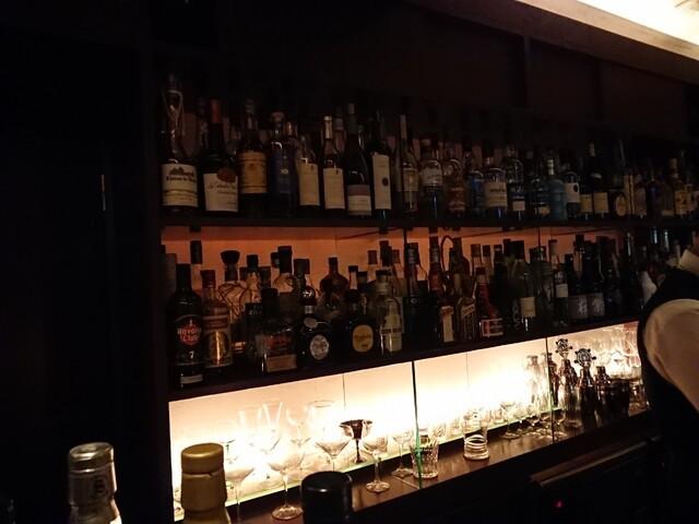 Bar Too 店内