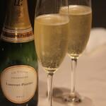 エヌトロワ - シャンパン