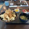 魚貝亭 - 料理写真:海老づくし天丼大盛 刺身付き