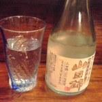 とり粋 - 日本酒冷酒700円也