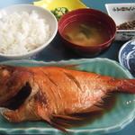 カネシチ水産 - 煮魚定食1890円
