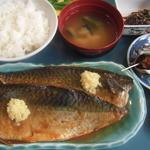 カネシチ水産 - サバ味噌煮定食1365円