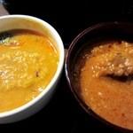 インドの恵み - 豆カレーとラムカレーです