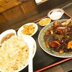 中華料理 龍縁 - 黒酢酢豚定食+炒飯変更(大盛)