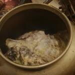 嵐を呼ぶ漁師小屋 - カキのヤカン酒蒸し8個セット