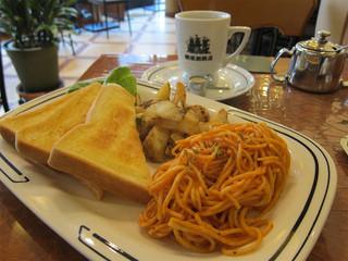 横濱珈琲店 五番街 - 午後のセット