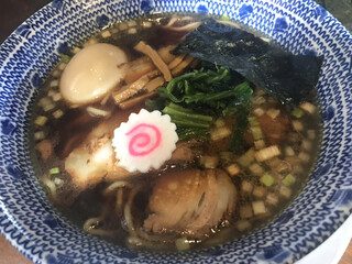 オレたちのラーメンちょび吉 - ド生姜醤油ラーメン(720円)タマゴトッピング(100円)