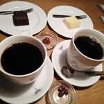 ELEPHANT FACTORY COFFEE - マグサイズの珈琲とチョコレーズン