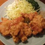 にこにこ屋 - 鶏の唐揚
