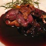 1240989 - メイン:蝦夷鹿もも肉のポワレ 香草バター風味 フランス産ジロール茸と赤ワインソース