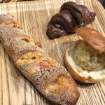 アール・ベイカー - やみつきベーコンフランス 噂のチョコクロワッサン レモンクリームベーグル