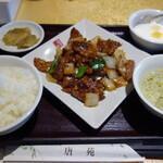 唐苑 - 牛肉の胡椒炒め920円