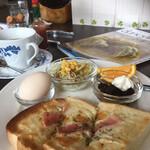 よつ葉Cafe - 料理写真:チーズトーストのモーニング(2020.01.現在)