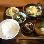 ごはん 芽屋 - 魚の定食