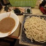 麺屋 優創 - 魚介醤油つけ麺¥930