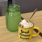 カフェ・ダウニー - ランチのドリンクとデザート ドリンクはレモネードを選択