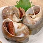 浜焼きセンター カキ小屋 - 2020年1月23日、丸ツブ貝煮です。 北海道産 の丸ツブ貝を生姜醤油で煮ています。 歯応えがあり、噛めば噛むほど旨味が増し美味ですよ!