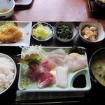 白菊 - 刺身定食