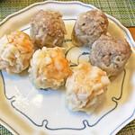 シウマイのタチバナ - 「大粒熟成シウマイ」と「エビシウマイ」