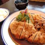 洋食 ひなた - A定食(チキンカツ、豚しょうが焼き)