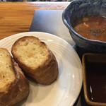 ステーキハウス神楽 - パンとスープ