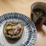 124073478 - サバの巻物、海鮮スープ