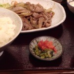 Kamiyaryuuhakatadoujou - しょうが焼き定食