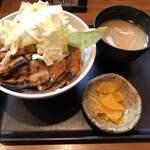 124081858 - 国産バラ豚丼 味噌汁セット